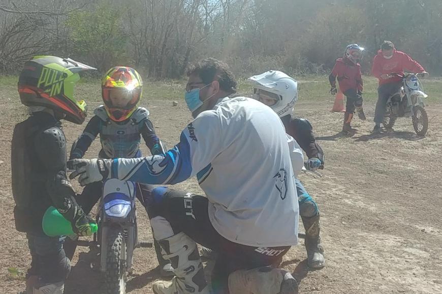 Moto cross : Session du 16 Mai à Pertuis
